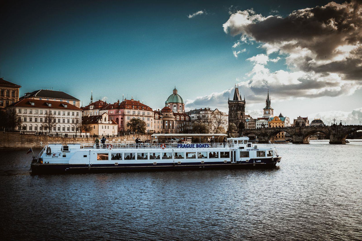 Picture of Dinner cruise - Prague by night