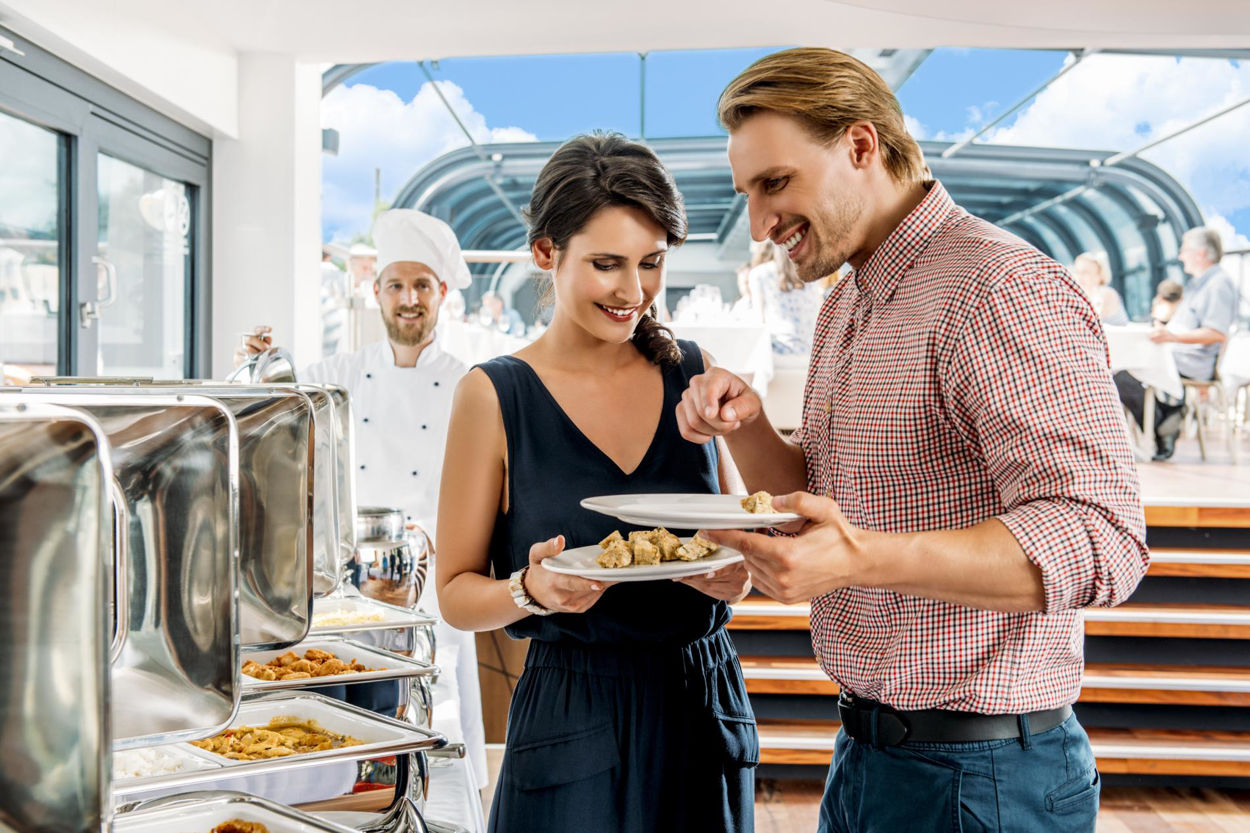 Picture of Lunch cruise on a glass boat